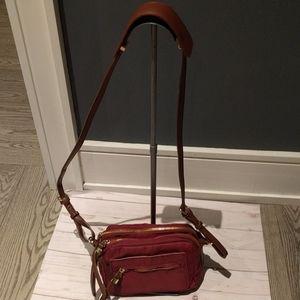 🌺 croosbody bag by Sondra Roberts 🌸🌺